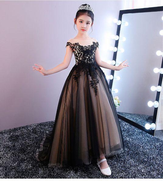 Fashion Flower Girl Dresses Sweep Train Girls Pageant Dresses Lace Little Girl Dress Sleeveless Model Walking Show Girl In Stocks