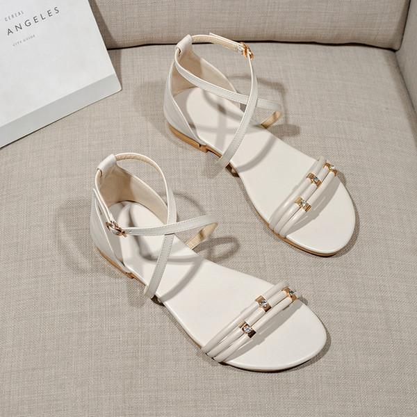 Heiße Sale-2 Farben-neue Entwerferdamen flache Sandelholze 20mm Gladiator-Schuh des echten Leders für die schwarze weiße Größe US4.5-9.5 der Frauen