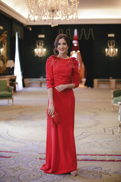 Elegant Arabic Backless Red Evening Dresses With Sleeves Column Long Formal Prom Party Gowns Turkey Custom Feather special occasion dresses
