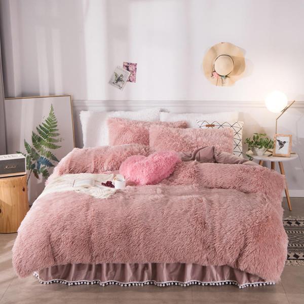 Chaud d'or blanc épais Tissu polaire d'hiver Literie de velours Housse de couette jupe de lit avec remplissage Linge de lit taies d'oreiller 4pcs