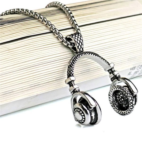 Fashion Accessories Music Headset Pendant Four Color Personality Boy's Necklace Rock and roll style Chain Necklace