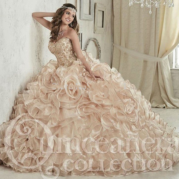 Luxurious Crystals Beaded Ball Gown Quinceanera Dresses Floor Length Vestidos De 15 Anos Sweet 16 Dress Custom Made Quinceanera Videos Simple