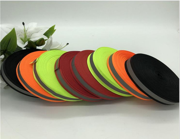 top popular 2.5*0.8CM Wide High Visibility Reflective Polyester Webbing For Clothing Shoes Bag Fluorescent Warning Safety Relection Of Light Webbing 2021