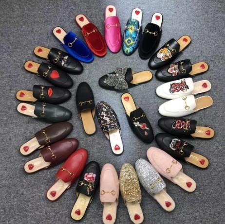 Flor de trawberry de couro abelha boca do coração lobo chinelos para senhoras das mulheres homens de moda de luxo real sandálias SLIPPERS slipsole de couro