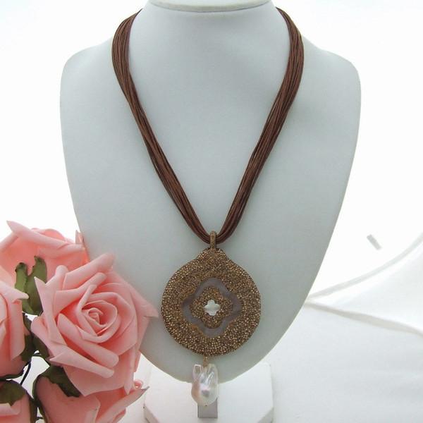 GE032707 19'' Brown Thread Necklace Rose Crystal Keshi Pearl Pendant