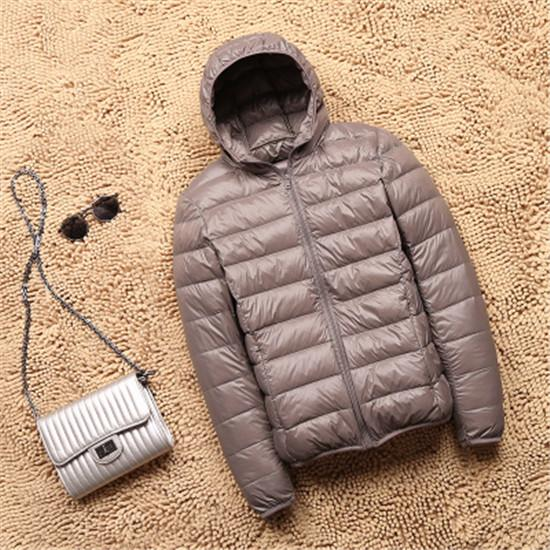 Women Winter Ultra Light 90% White Duck Down Jacket Fashion Casual Female Outerwear Plus Size Waterproof Warm Hooded Coat 2019