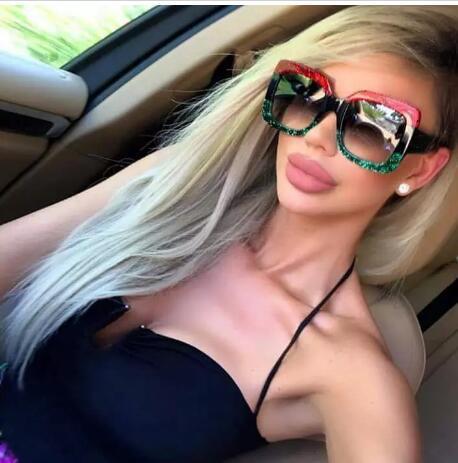 0083 Солнцезащитные Очки Роскошные Женщины Марка Дизайнер 0083S Мода Овальный Летний Стиль Смешанная Цветная Рамка Высочайшее Качество УФ-Защиты Объектива Поставляются с Случае