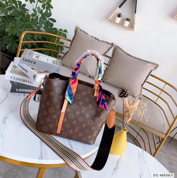 kadın sıcak satışı kadınlar çanta omuz çantaları için 2019 Ücretsiz Kargo 25CM 23cm Moda Marka tasarım Deri Çanta
