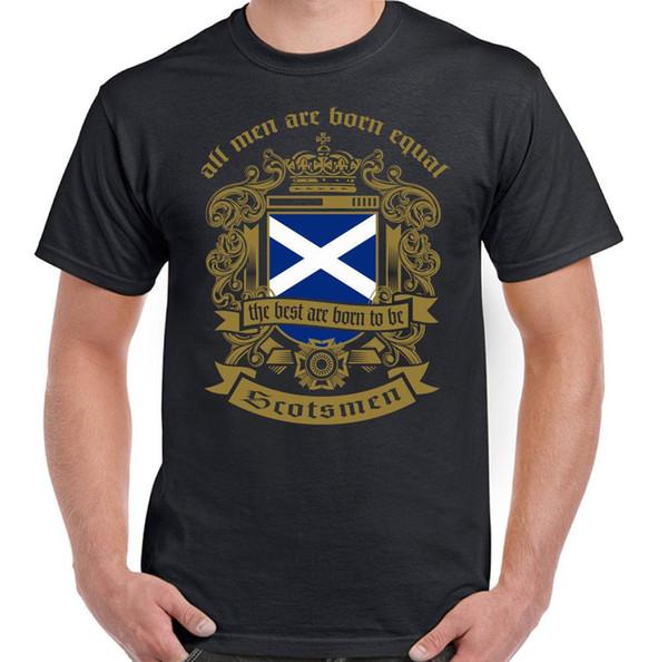 Os homens nascem iguais T-shirt escocesa dos homens Bandeira Scotland Football St Andrews Day