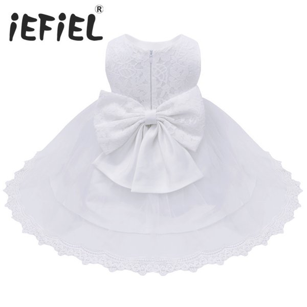 2017 Infant Baby Girls Flower Dresses Christening Gowns Newborn Babies Baptism Embroidered Princess Birthday White Bow Dresses Y19050602