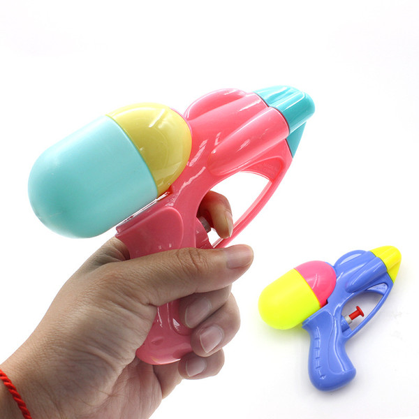 Children's beach play toys children's toys miniature bathing gun spray water in summer