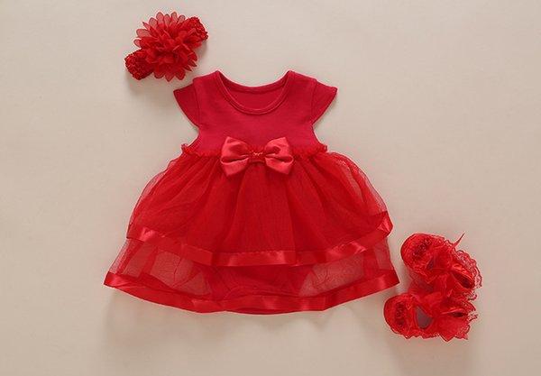 banda de zapatos de vestir rojos