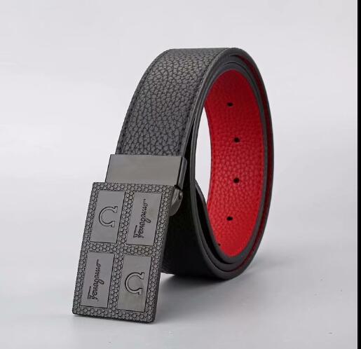 2020 Mode männlich Taillen-Bügel-Entwurf Marken-echten Leder-Gürtel für Männer Frauen Männer klassische Gürtel Qualitäts-Luxus-Herrengürtel 5685
