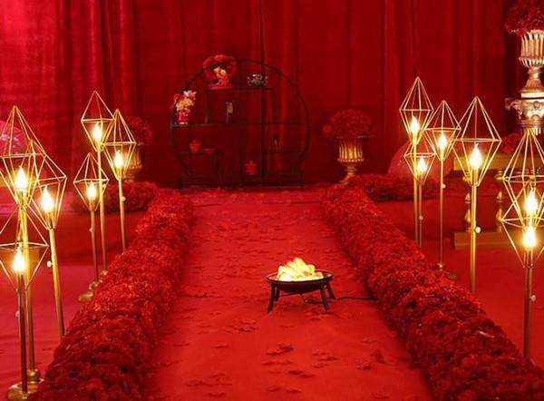 2019 romântico diamante Geométrica suporte de metal chumbo estrada com luz led para passagem do casamento corredor festa evento T-Stage backdrops decor