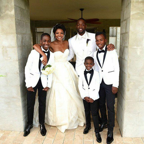 Beyaz Erkekler Wedding Erkek Takımları Şal Yaka Damat Smokin 2piece Slim Fit Terno Masculinog İyi Adam giysileri Kostüm Homme Takımları