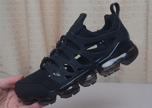 2019 Hollow Out Jogging Sports Zapatillas de deporte transpirables de utilidad Utility Fashion Black White Orange luxury Men Shoes Tamaño 40-45