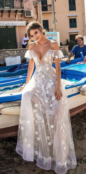 European and American women's new elegant fashion evening dress explosion models sexy V-neck sling dress hollow evening dress