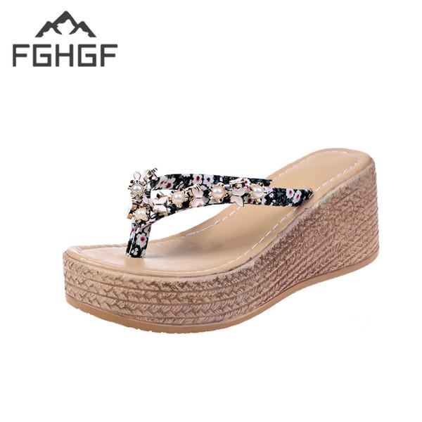 49d4f67e Compre FGHGF El 2019 Plataforma Cuñas Sandalias De Perlas Mujeres Zapatos  De Verano De Tacón Alto Zapatillas De Playa Chanclas De Playa Toboganes ...