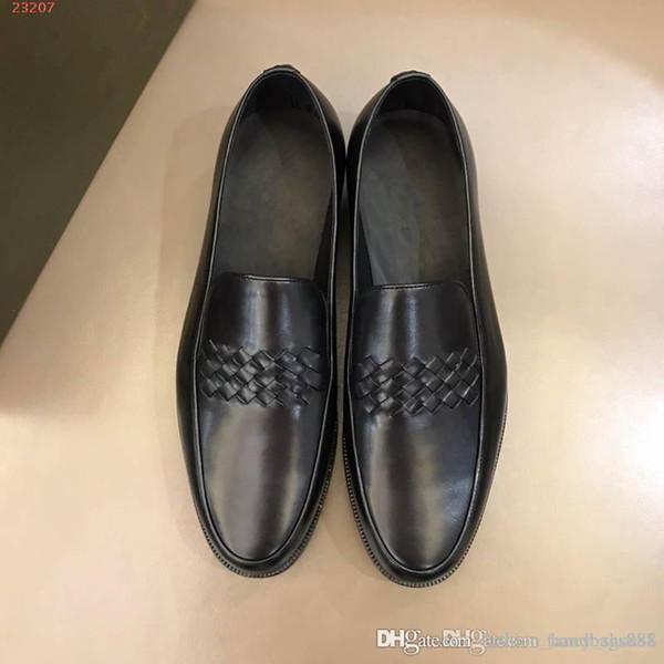Gli uomini business scarpe in pelle moda nuovi uomini in pelle intrecciata in pelle morbida di alta qualità confortevole abito nero scarpe da sera