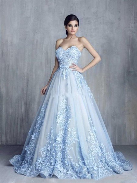 Ziad Nakad Charming 3D Floral Light Blue Appliques Long Bridal Party Dresses Handmade Flower Sweetheart Ball Gown Lace Wedding Ball Gowns