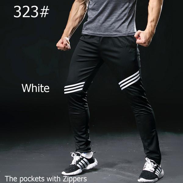 323 bianco nero