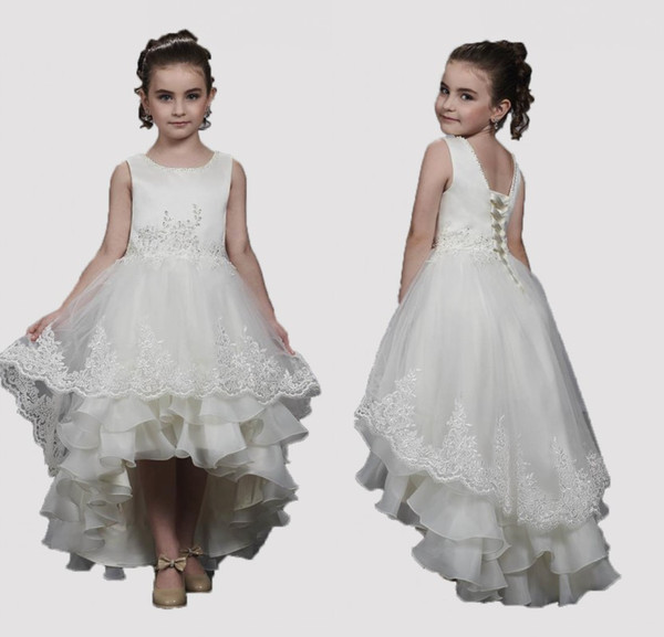 2019 Çiçek Kız Elbise Boncuklu Tekne Boyun Dantel Aplike Tül Üzeri Organze Katmanlı Hi-düşük Etek Dantel-up Wedding Çiçek Kız Elbise