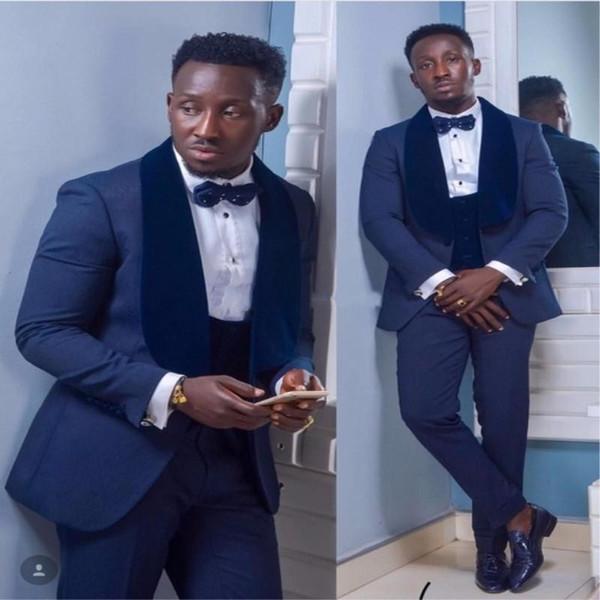 2019 Fashion Groom Tuxedos Groomsmen Mens Wedding Dress Navy Blue Lapel Man Jacket Blazer Prom/Dinner 3 Piece Suit(Jacket+Pants+Vest)