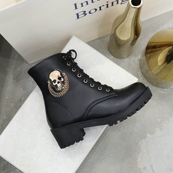 US4-11 Womens Platform Ankle Boots Skull Metal Chain Decor Chunky Heel Warm Winter Punk Motorcycle Martin Shoes Black White Plus