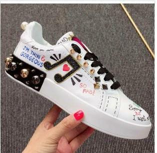 New Leather Flats Designer Sneakers Women Classic Casual Luxury Franch Brand Shoes Note rivet embroidery Walking Runnig Durable mn0262