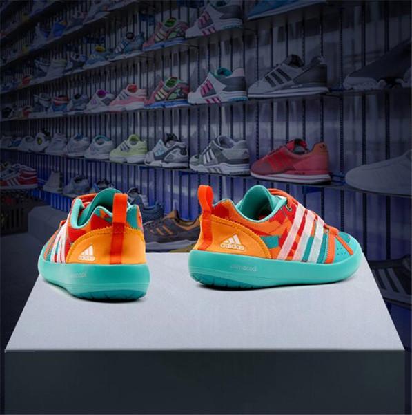 Yeni stil rüzgarlık ayakkabı ile erkekler için Kore tarzı nefes eğlence ayakkabı yaz aylarında grafiti meyve ayakkabı 513-9