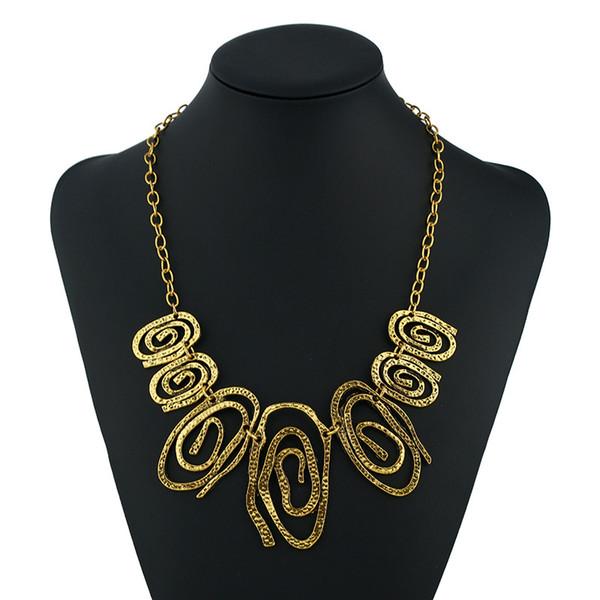 2019 vintage jewelry irregular geometric circle stitching decorative necklace short accessories female