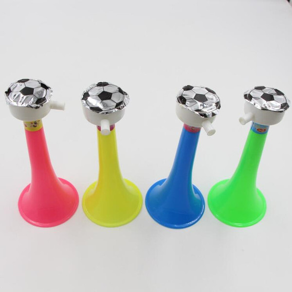 2018 New Plastic Football Horn Trumpet Whistles Noise Maker Children Cheer Props Cheerleader Horns Birthday Party Favor