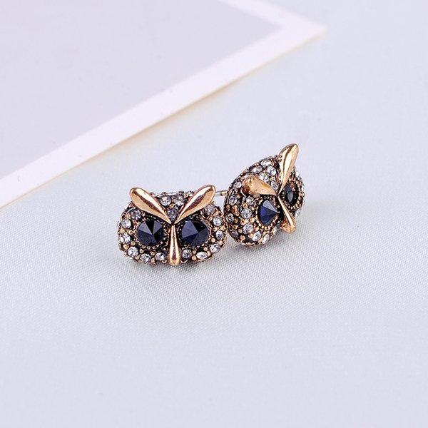 Stud earrings rhinestone enamel owl scull cat wreath square retro style Pink