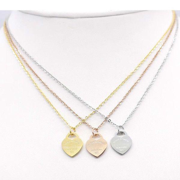 Jewerly Stainless Steel 18K Gold Plated Necklace Short Chain Silver Heart Necklace Pendant Locket Necklaces Chains For Women Couple Gift