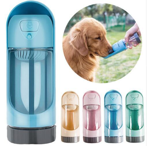 ortable Pet Dog Bottiglia d'acqua per cani di piccola taglia Pet prodotto da viaggio Cucciolo Bere Ciotola da esterno Pet Water Dispenser Dog Feeder