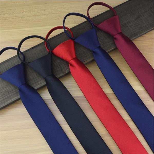 cordon cravate 8 cm 5 cm dot bande cravate entreprise prêt noeud polyester hommes cravates mariage marié équipe cravate 2pcs / lot