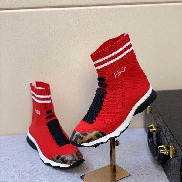 Chaussures Nouveaux entraîneurs hommes Slip-on vélo Chaussures de sport en tricot Sock Chaussures loisirs Chaussettes Bottes Skinny pieds femmes formateur chaussures de course avec b d'origine