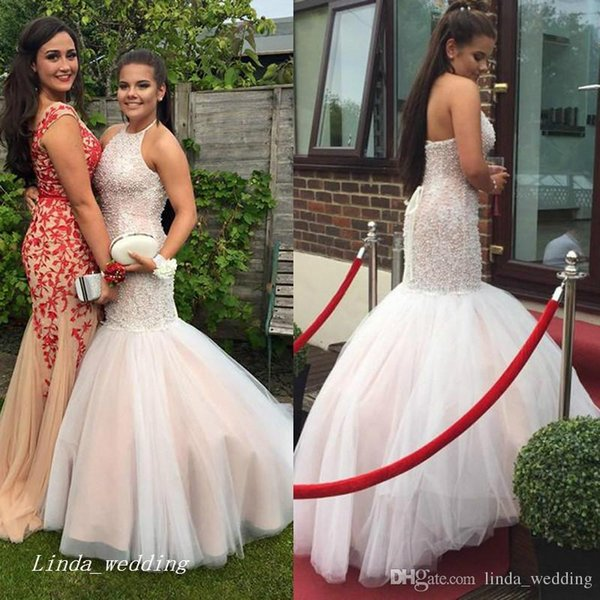 2019 High Quality Halter Neck Long Prom Dress Garden With Corset Back Major Beading Backless Formal Party Gown Custom Made Plus Size