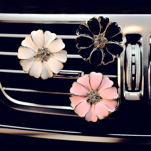 best selling Car Perfume Clip Home Essential Oil Diffuser For Car Outlet Locket Clips Flower Auto Air Freshener Conditioning Vent Clip 3colors GGA2580