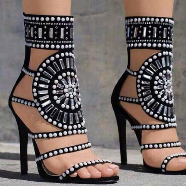 Kadınlar beyaz siyah rhinestones roma gladyatör sandal Seksi Burnu açık Kadın Sandalet Ayak Bileği Kayışı Perçinler Çivili Gladyatör Sandal