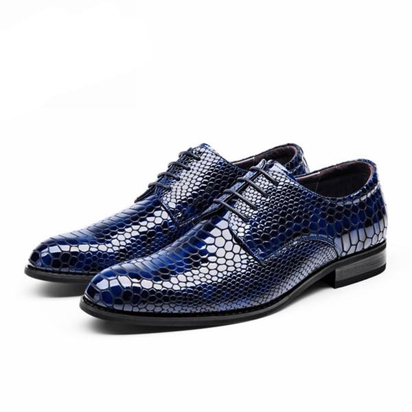 Couro de vaca genuína brogue business banquete de Casamento homens sapatos casuais flats sapatos vintage oxford sapatos artesanais preto azul 2019