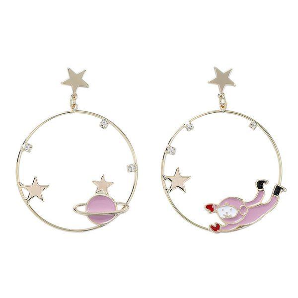 S925 Silver Pin Giappone e Corea Fashion Circle Planet Stars Asymmetric Astronaut Orecchini pendenti Sweet Spaceman Orecchini pendenti
