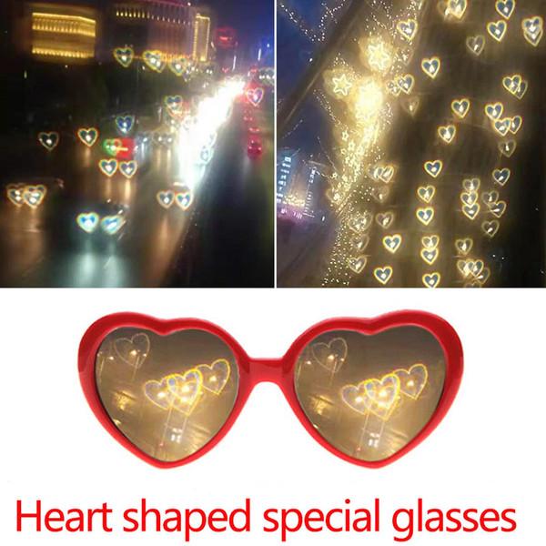 WISHCLUB Amor Óculos At Night Heart-shaped Luzes tornar amor Efeitos Especiais Óculos Net Red Moda óculos de sol Mulheres