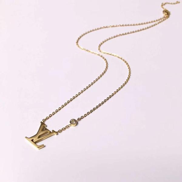 Diseñador de la marca Carta Collares pendientes Lujo 316L Titanio Acero 18 K Chapado en oro Collar Moda Collar de cadena corta Joyería Pareja Regalo