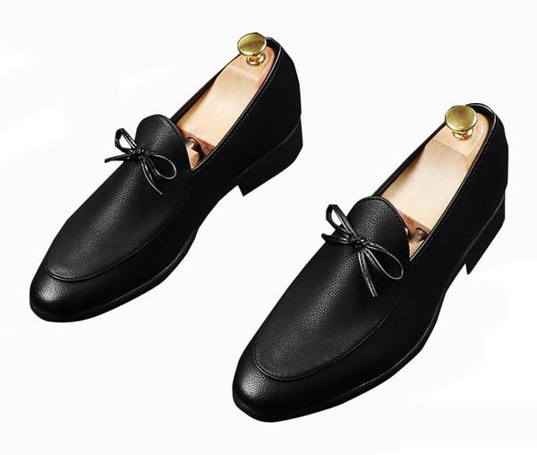 İngiliz Yeni erkek Elbise Sivri Papyon charm Resmi Ayakkabı Oxfords Lüks Tasarımcı beyefendi Düğün Erkekler Homecoming balo Ayakkabı