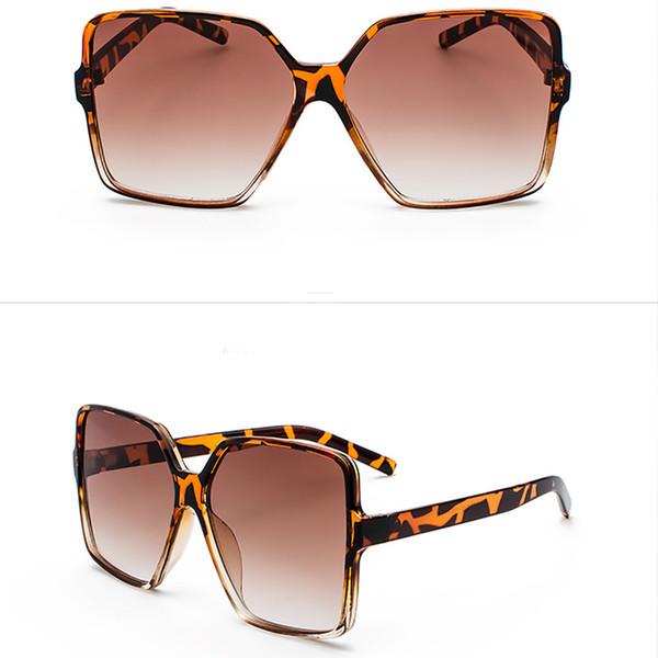 Leopardo marrone