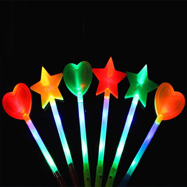 Led Sticks étoile Love Heart Projection Glow Light Stick-up Festival de Wands de soirée de mariage de Noël Nouvel An Led Party Supplies
