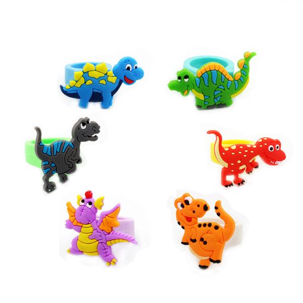 Dinosauro Anello Bambino Anelli in gomma Baby Shower Bracciali Materiale PVC Decorazioni per feste di compleanno Vendite dirette in fabbrica 0 35hp C1