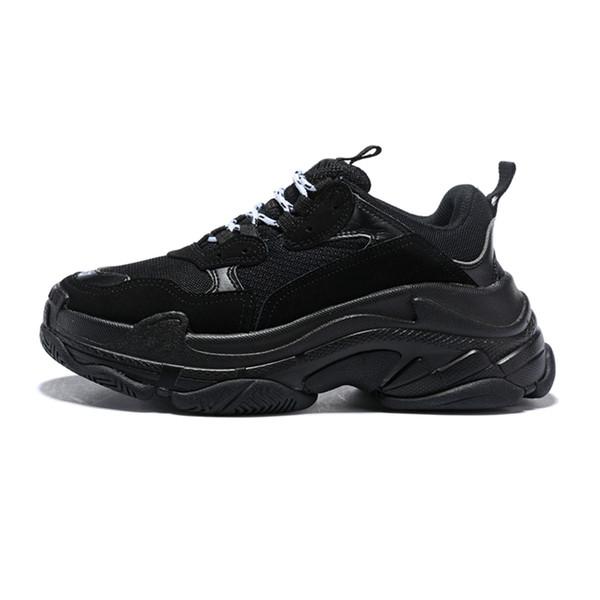 2019 Créateur de mode Paris 17FW Triple s Sneakers pour hommes femmes noir rouge blanc vert rose Casual Papa Chaussures Tennis croissant chaussure z24