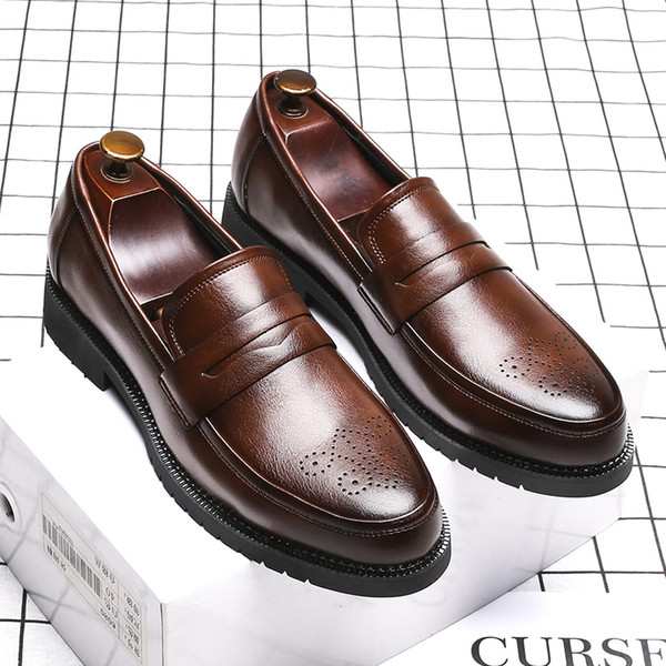 Men Dress Shoes Handmade Brogue Style Paty Leather Wedding Shoes Men Flats Leather Oxfords Formal